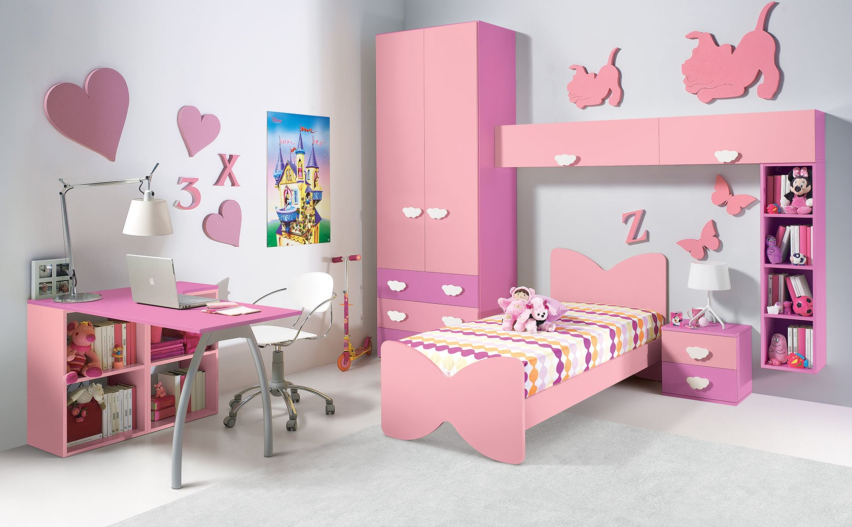 How to do your kid s room using wooden furniture alex for Kids room couch